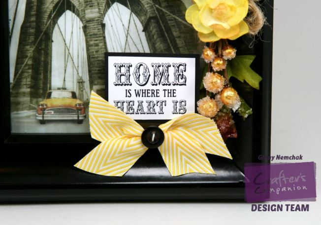 home sweet home Decor Frame Crafter's Companion 1