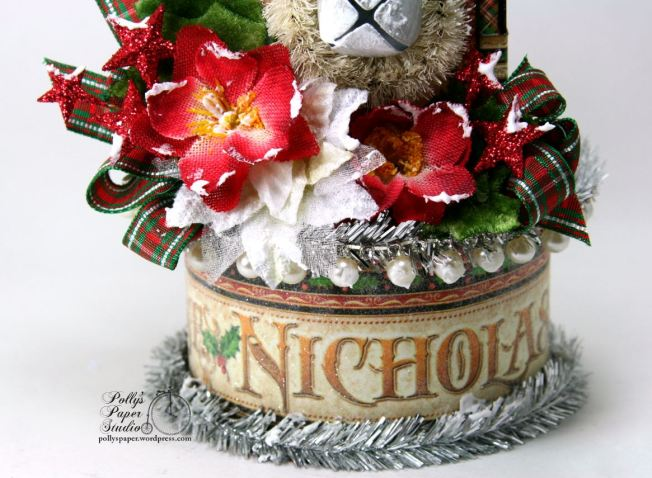st-nicholas-christmas-house-holiday-home-decor-03