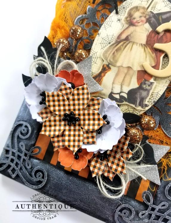 Vintage Halloween Frame Decor Polly's Paper Studio 04